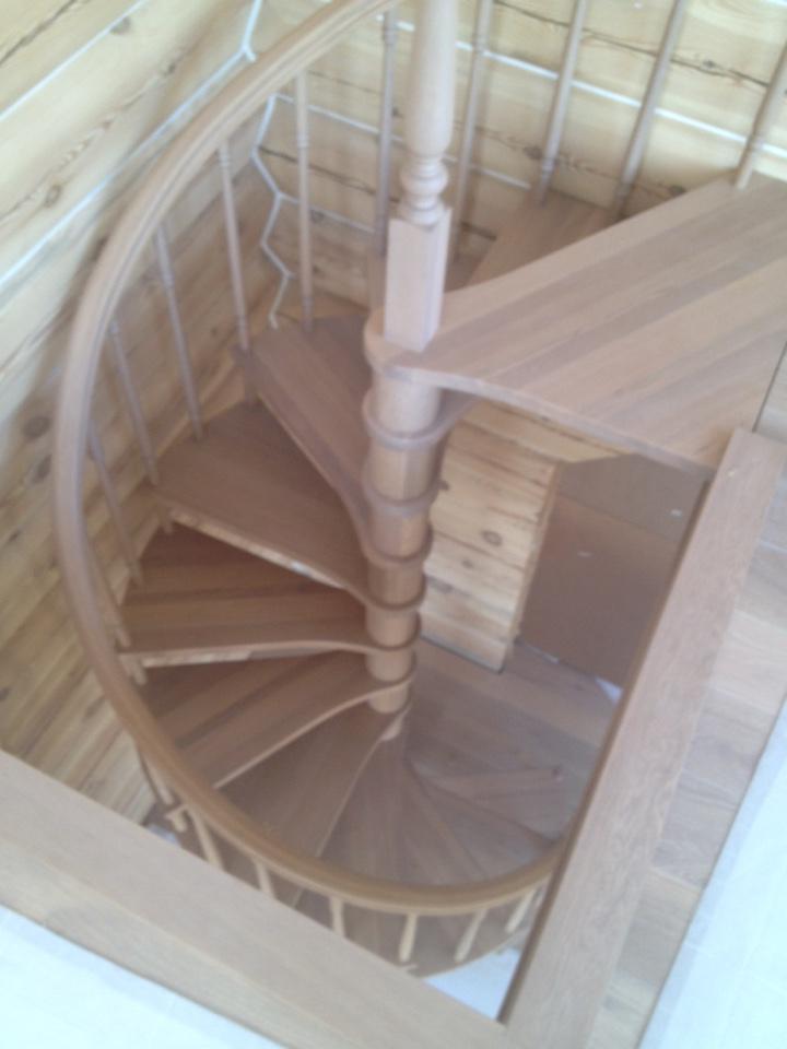 Выбор балясин для лестниц в доме: особенности